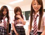 Kokomi Naruse, Hiyori Nanoka and Hinami Kawasumi share one cock in a foursome! picture 12