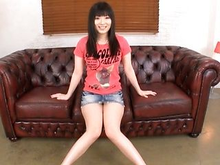 Watch Hina Maeda's Tight Teen Pussy Get Shaved Bare