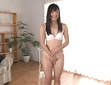 Maria Niinomi toys her wet muff erotically picture 11