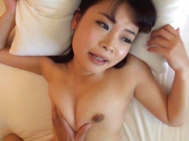 Amazing girl is having casual sex