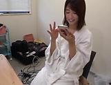 Kawakami Nanami performs a cute blowjob