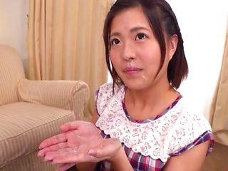Minami Natsuki gets fresh cum in mouth
