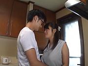 Kawaguchi Hasumi in amateur scenes of home porn