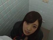 Hardcore AV model Fujii Arisa gives a steamy hot blowjob
