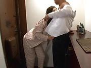 Horny Sasaki Aki gets drilled hard in the kitchen