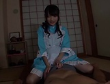 Shuri Atomi gives an admirable footjob