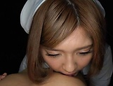 Ogata Runa stimulated in rough threesome oral