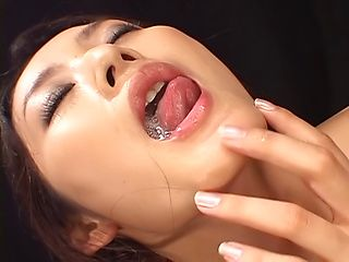 Sensual milf Murakami Risa in kinky toy session