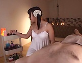 Hot babe Sakisaka Karen makes a dude cumshot picture 12