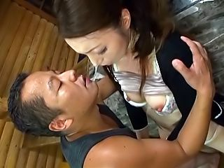 Seductress Takashima Heki has her cunt stretched