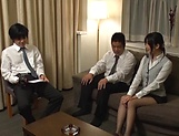 Office lady Ootsuki Hibiki gets a cumshot picture 2