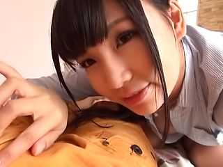 Talented teen hottie loves giving a steamy head