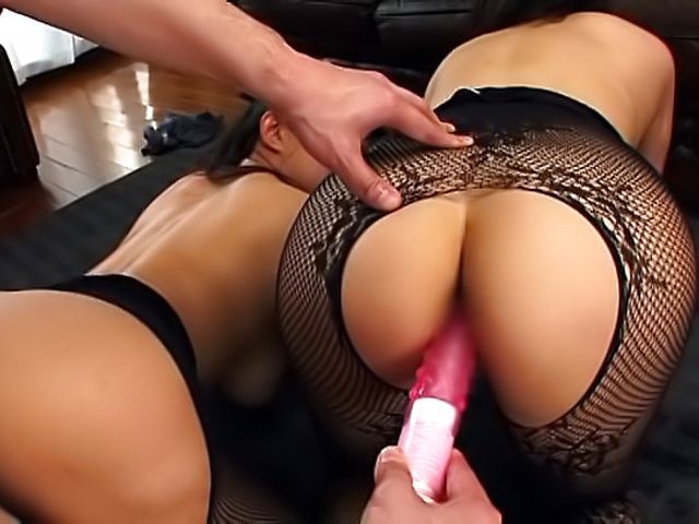 Exquisite threesome pleasuring with hot babes and lusty hunk