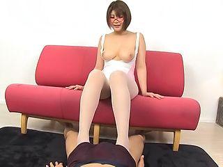 Blowjob pov scene involving busty Oshikawa Yuuri
