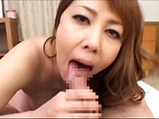 Sultry blonde Kazama Yumi gives awesome hand job