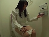 Akane Yoshinaga gets pleasured by a vibrator