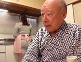 Nonami Shizuka excels in her cock sucking skills picture 3