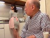Nonami Shizuka excels in her cock sucking skills picture 4