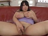 Shizuku Amayoshi loves getting toyed properly