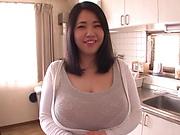 Busty milf, Yuuki Iori got cum on tits