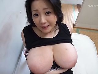 Big tits honey Komukai Minako fulfills horny studs fantasies