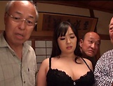 Nonami Shizuka pleasures multiple schlongs picture 2