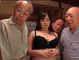 Nonami Shizuka pleasures multiple schlongs picture 4