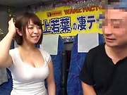 Wakaba Onoue giving impressive head after kissing