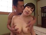 Wakatsuki Mizuna Sexy housewife Nanako Mori moans as she nailed deep