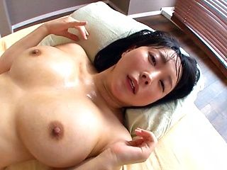 Busty Harisa Hanyuu loves dicking around in hardcore