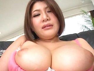 Glamorous milf Oshikawa Yuuri enjoys pussy stimulation with a vibrator