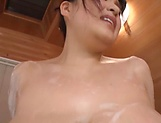Gotou Rika is masturbating in the shower picture 15