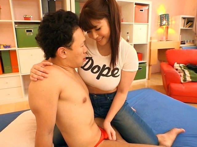 Buxom Japanese woman Saegusa Chitose makes her boyfriend cum
