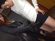 Tsuno Miho gets kinky on a bulging shaft