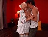 Sexy Kisaki Yua loves to taste warm load picture 11