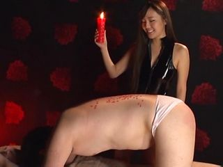 Kinky wax pouring fetish play for Sarina Kurokawa