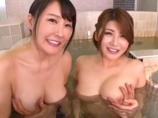 Hot Japanese ladies like a hot threesome