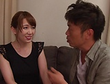 Hatano Yui shows her prowess in handling hard poles picture 12