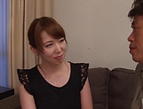 Hatano Yui shows her prowess in handling hard poles picture 13