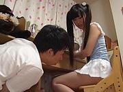 Ikuta Ayane treatad to a bewitching pussy licking