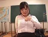 Kawai Mayu loves it when she gets to showcase her sexy body