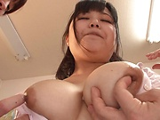 Beautiful Asian babe Kawai Mayu loves showing her sexy body