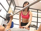 Workout goes kinky for slim Japan doll Mizuho Uehara picture 1