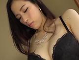 Ninomiya Waka peasured by her sex toys picture 14