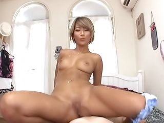 Japanese av model goes nude and kinky in oral modes
