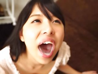Aoi Rena sensually services a schlong