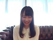 Tezuka Akari showcases her inviting pink pusy