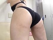 Gorgeous Asian girl Mitsuna Rei masturbates and sucks on cam
