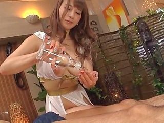 Mion Sonoda gives erotic massage and handjob