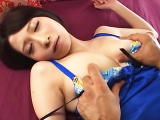Takamiya Yui gets her sexy face filled with a creamy load